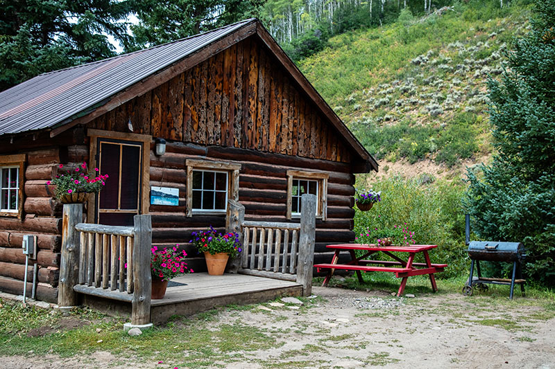 Cutthroat Cabin