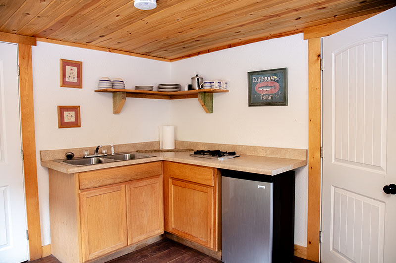 Cutthroat Cabin Kitchen